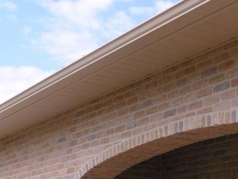 Aluminium schrijnwerk voor dakoversteek