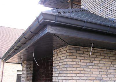 Aluminium dakoversteken dakgoten en afvoerbuizen op maat Alustar