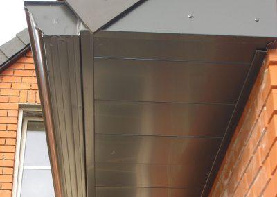 Dakoversteek in aluminium - Alustar - Oost-Vlaanderen