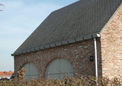 Licht grijze aluminium dakgoot - woning pastorijstijl - West-Vlaanderen - Alustar